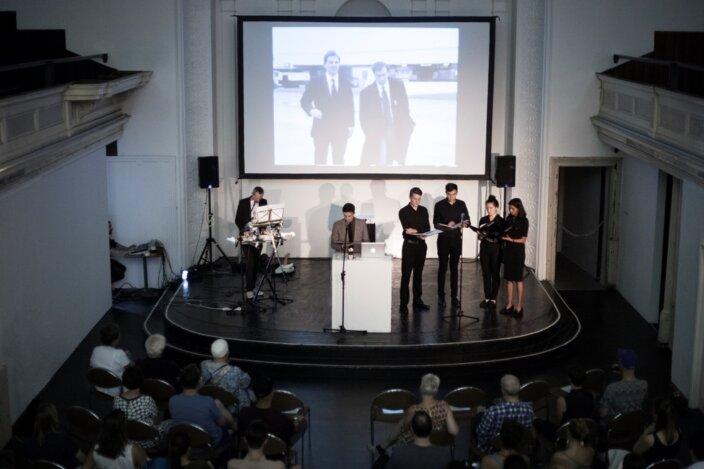 Invites Artist's Presentation: Guy Oliver
