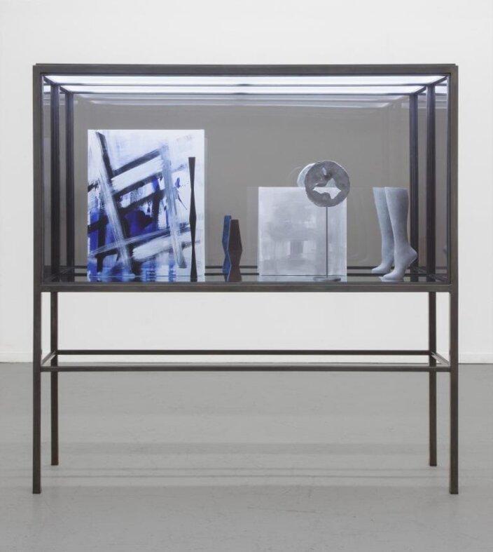 Josephine MEckseper, Museum of Modern Art, 2013. Courtesy the artist and Andrea Rosen Gallery. Photo: Pierre Le Hors
