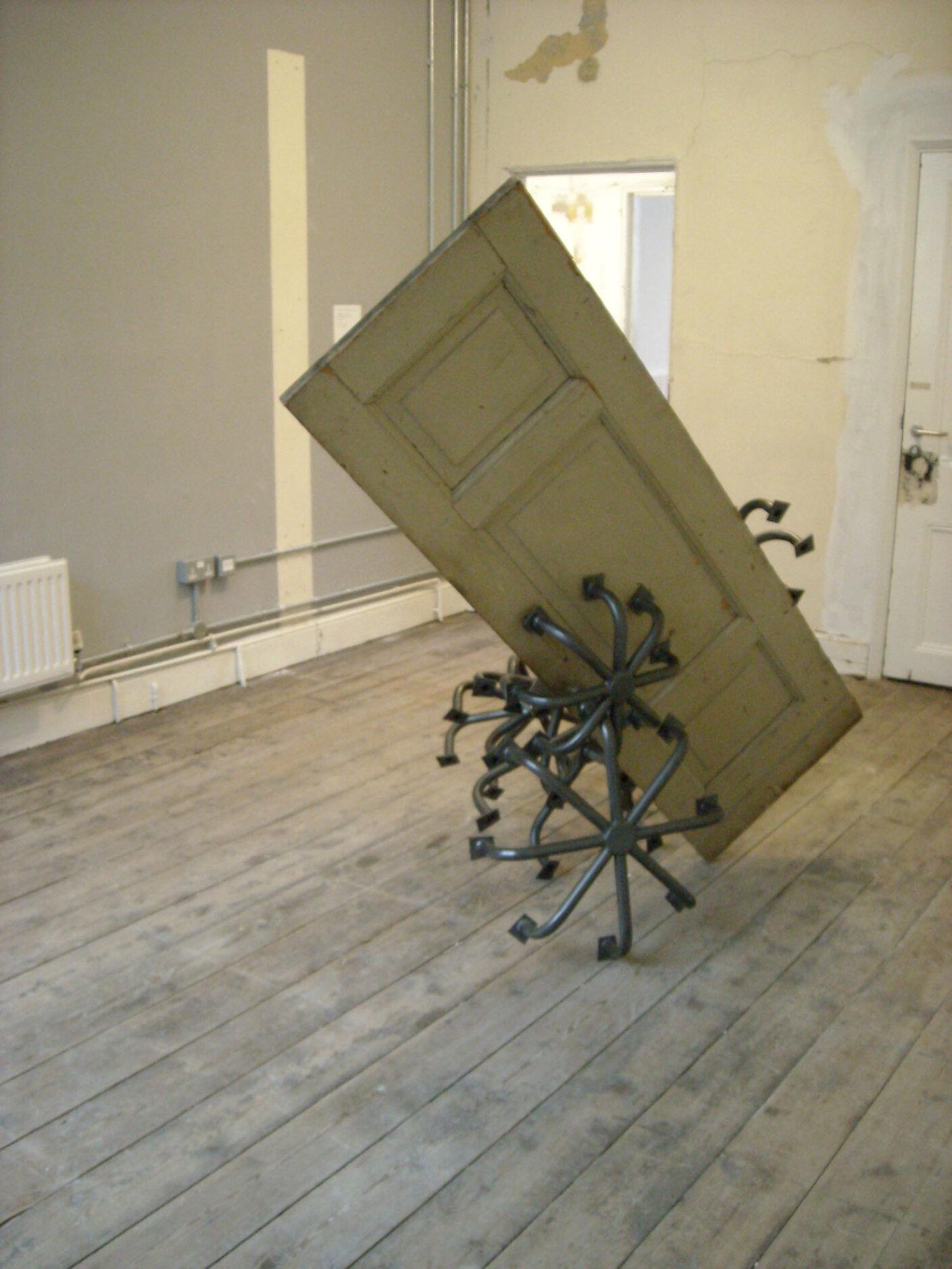 Alexej Meschtschanow, Dämonen benutzen geschlossene Türen, 2007