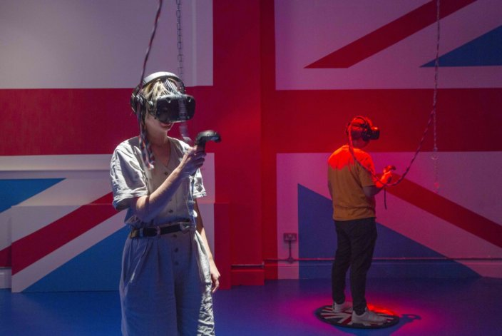 Installation view: Rachel Maclean, Zabludowicz Collection, London. I'm Terribly Sorry, 2018. Virtual reality installation. Produced in collaboration with Werkflow. Commissioned in partnership with Arsenal Contemporary. Courtesy the artist and Zabludowicz Collection. Photo: David Bebber