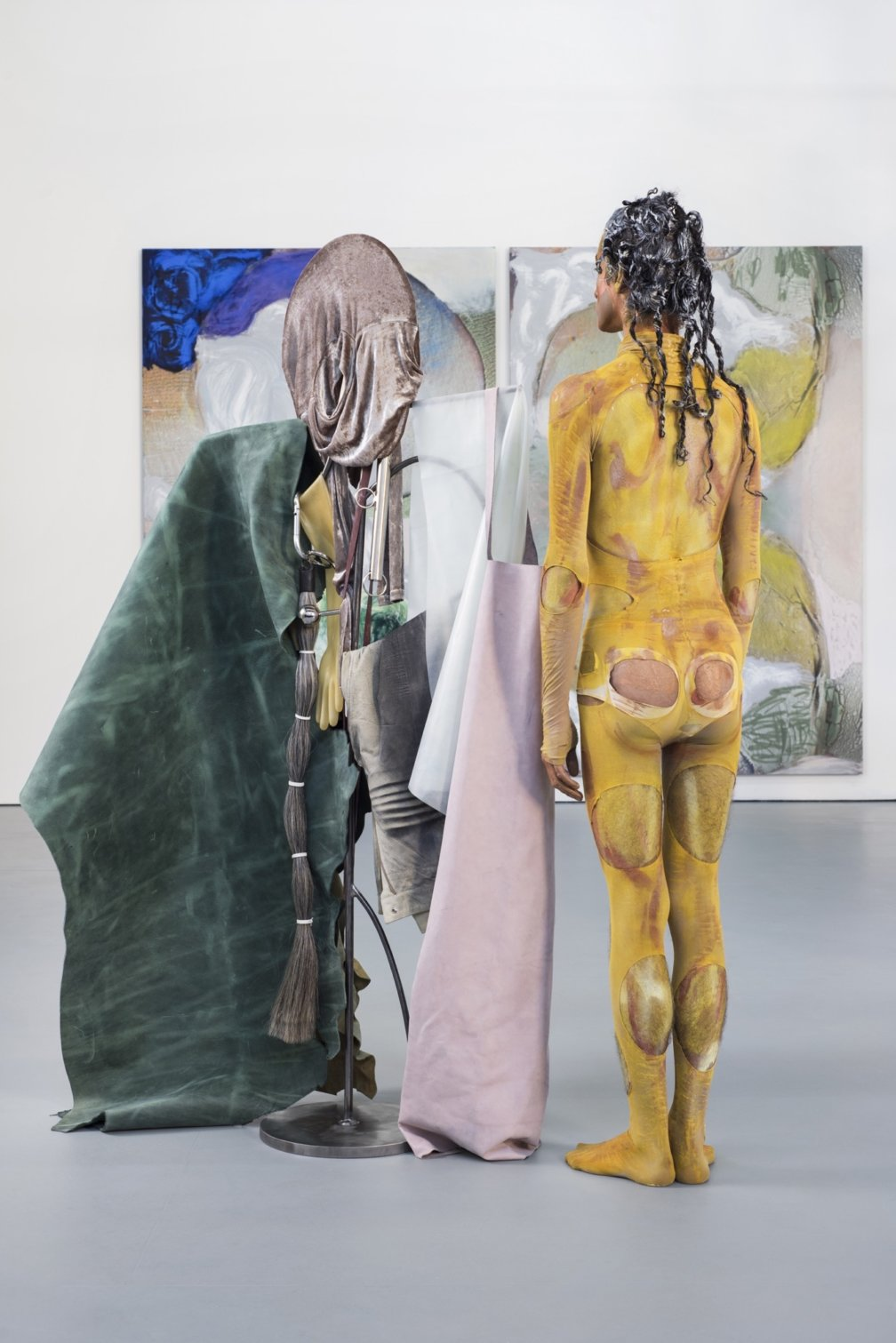 We are working hard to return daily performancs in Donna Huanca SCAR CYMBALS by Thursday 17 November