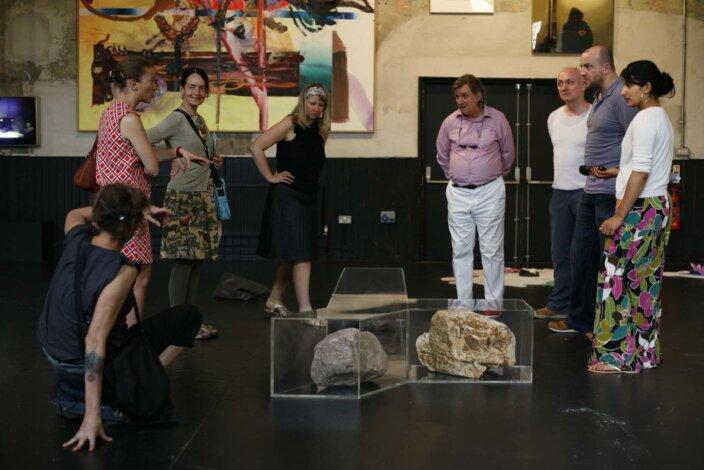 Artist's Tour - Simon Willems