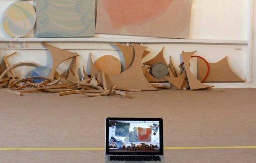 Invites Artist's Presentation: Yelena Popova